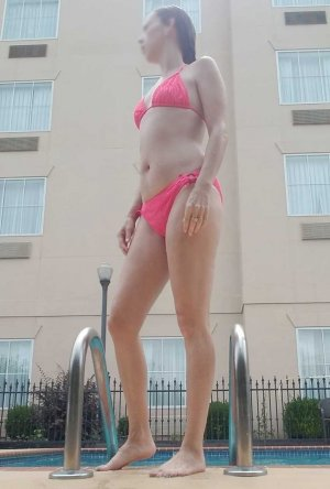 Widiane outcall escort in Cornelius, NC
